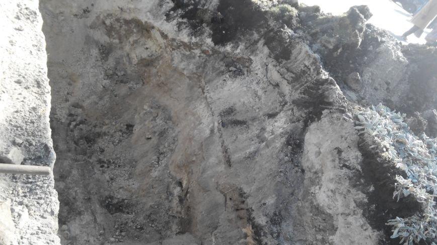 В Сумах тепловики ликвидируют порыв в Покровском сквере (ФОТО), фото-2