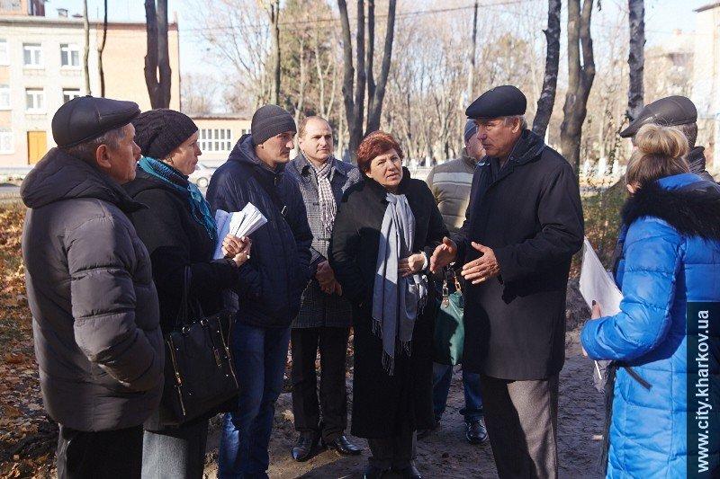 В сквере Советской Украины установят новое освещение и появятся новые дорожки, фото-1