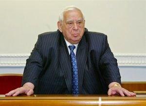Всего 1,5 тысячи голосов, и Ефим Звягильский снова депутат