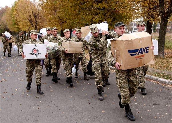 В 17 танковую привезли гуманитарную помощь, закупленную на средства криворожан (ФОТО), фото-2