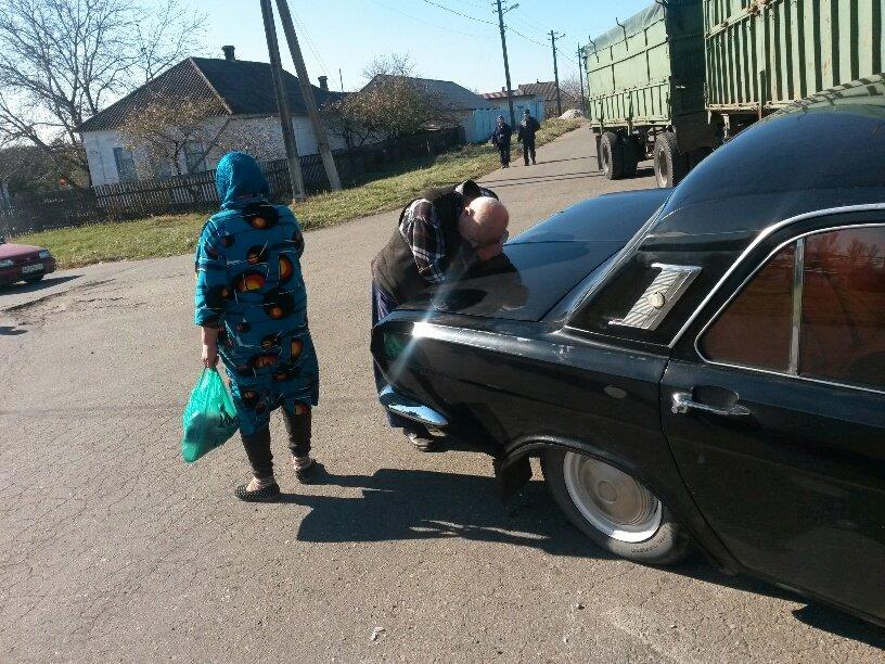 В Мариуполе КамАЗ протаранил Волгу (ФОТО), фото-3