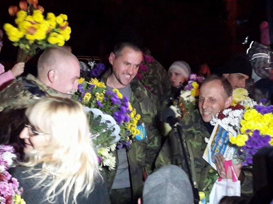 Четверо «киборгов», защищавших Донецкий аэропорт, вернулись домой в Кривой Рог (ФОТО), фото-2