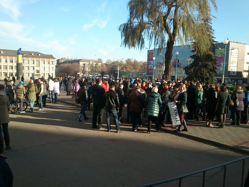 В Днепродзержинске работники предприятий кандидатов Захорольского и Дубинина митингуют за своих работодателей, фото-10