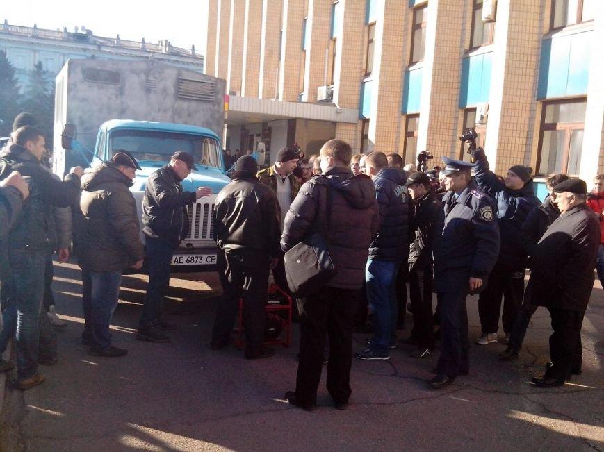 В Днепродзержинске работники предприятий кандидатов Захорольского и Дубинина митингуют за своих работодателей, фото-6
