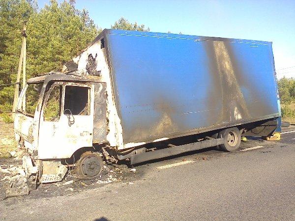 На Рівненщині горіла вантажівка (Фото), фото-2