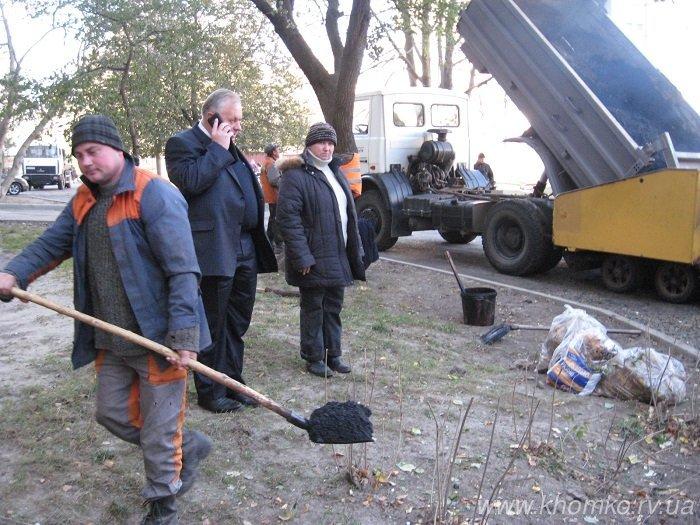 У Рівному на Костромській практично поклали 536 тон асфальту (Фото), фото-6