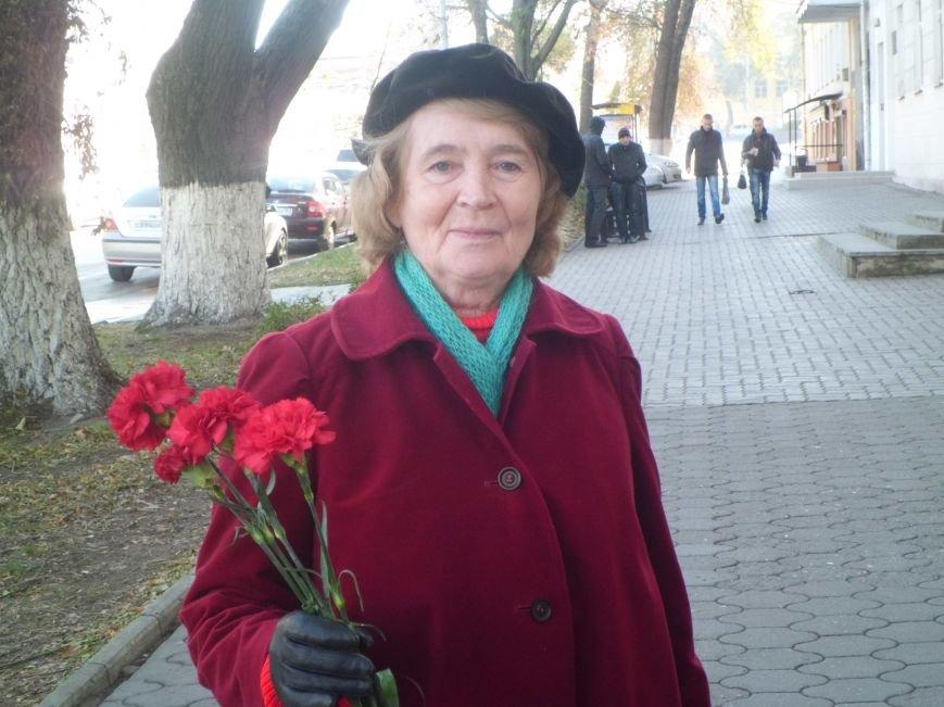 Сегодня в Таганроге состоялась акция, посвященная Дню памяти жертв политических репрессий (Фото)), фото-1