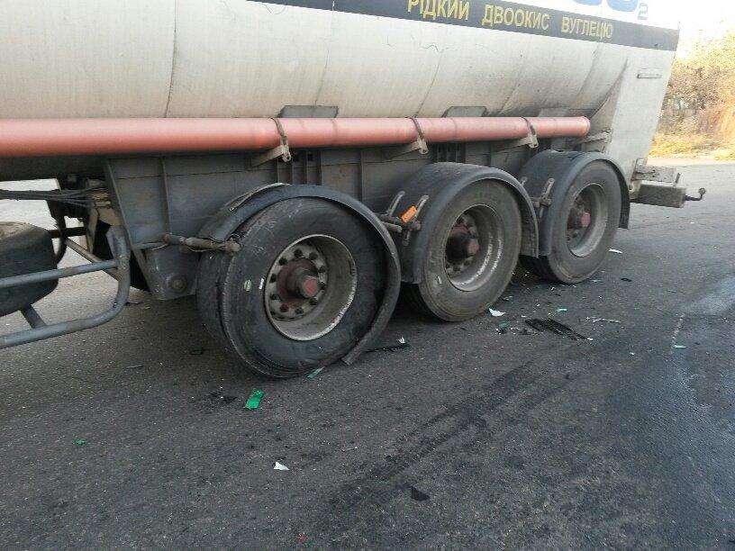 В Мариуполе военные попали в ДТП (ФОТО), фото-1