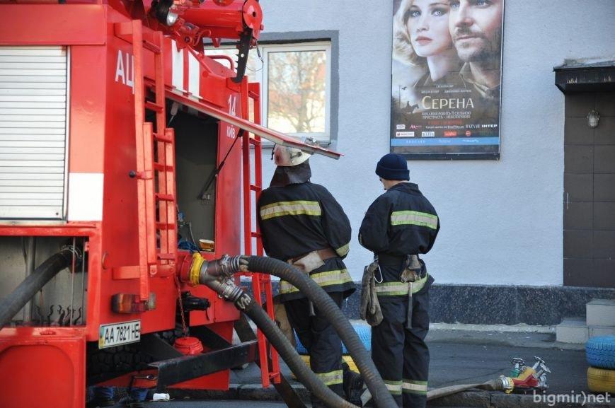 """Кинотеатр """"Жовтень"""" после пожара (ФОТОРЕПОРТАЖ), фото-17"""