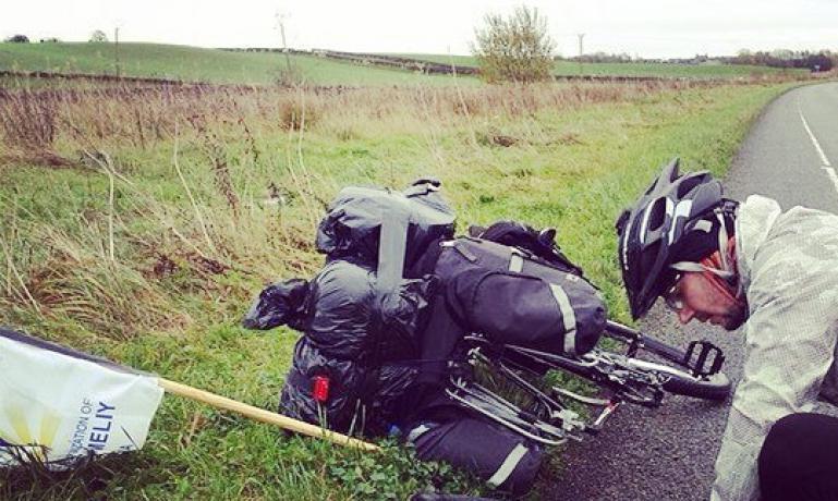 Криворожанин Андрей Шевчук организовал велопробег по Англии, чтобы собрать средства для раненых солдат и переселенцев, фото-3