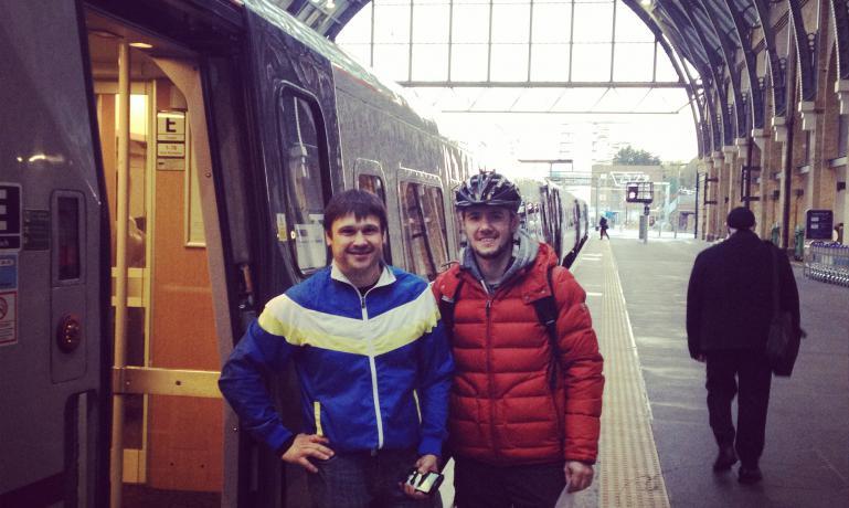 Криворожанин Андрей Шевчук организовал велопробег по Англии, чтобы собрать средства для раненых солдат и переселенцев, фото-1