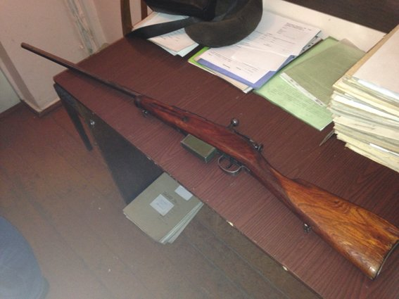 Рівняни добровільно здали 28 одиниць вогнепальної зброї (Фото), фото-1
