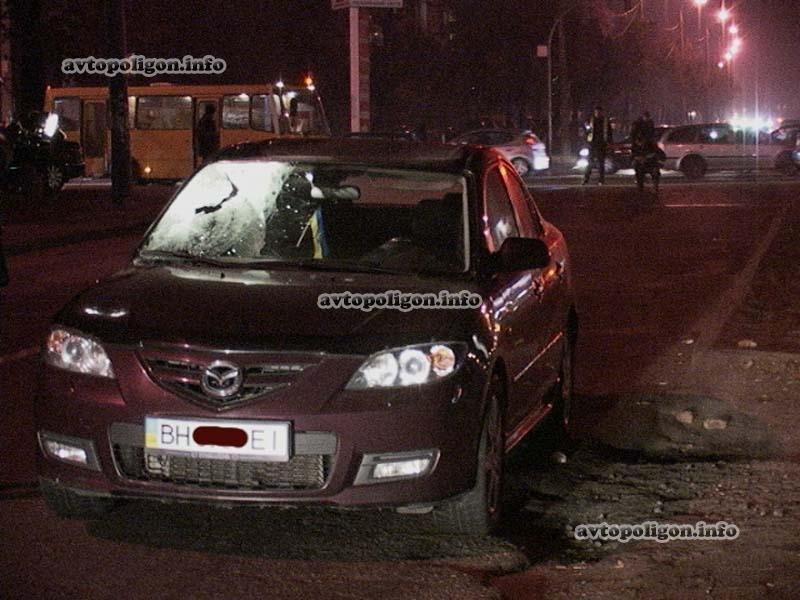 В Киеве под колесами Mazda-3 погиб пешеход, фото-2