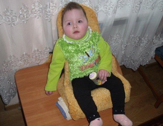 Трирічна тернополянка через складну хворобу не може ходити (фото), фото-1