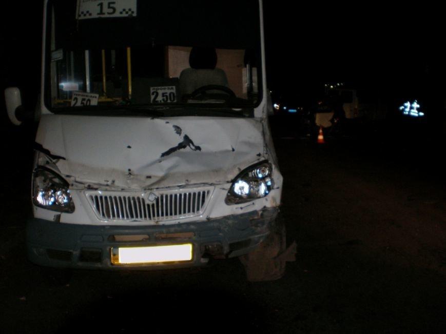 Страшное ДТП в Запорожье: пьяный водитель протаранил микроавтобус и влетел в маршрутку – среди пострадавших новорожденный (ФОТО), фото-3