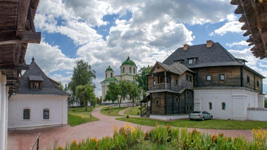 Novhorod-Siverskyi._Transfiguration_monastery