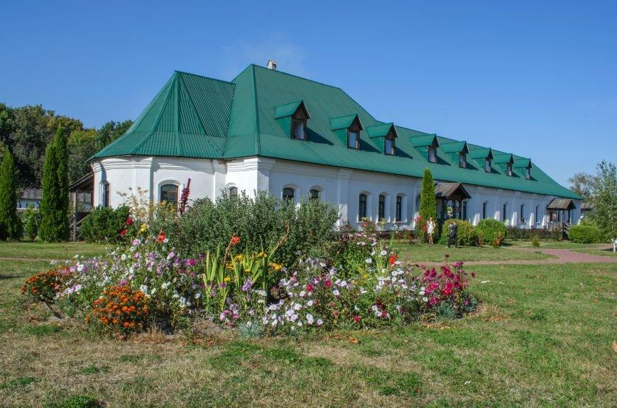 Келії_монастиря._Новгород-Сіверський