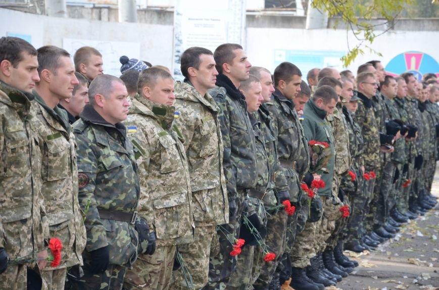 Николаев простился с морпехом, погибшим в Мариуполе (ФОТО+ВИДЕО), фото-1