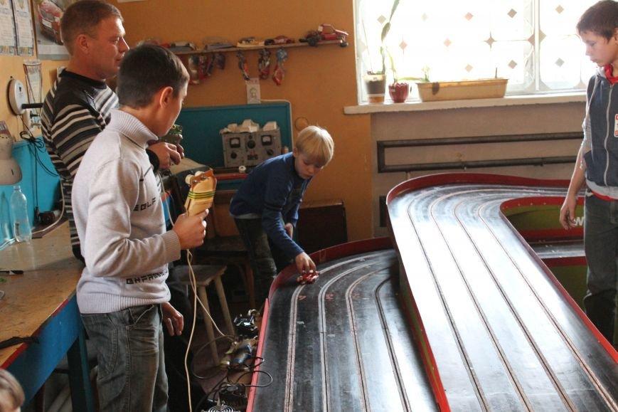 В Красноармейске в дни школьных каникул Станция юных техников провела развлекательную программу (ФОТО), фото-2