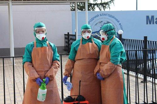 В Днепропетровске женщину с подозрением на вирус Эбола госпитализировали из аэропорта в больницу (ФОТОРЕПОРТАЖ), фото-8