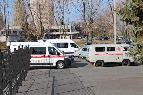 В Днепропетровске женщину с подозрением на вирус Эбола госпитализировали из аэропорта в больницу (ФОТОРЕПОРТАЖ), фото-9