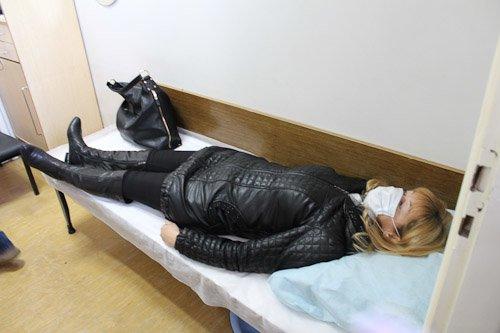 В Днепропетровске женщину с подозрением на вирус Эбола госпитализировали из аэропорта в больницу (ФОТОРЕПОРТАЖ), фото-5
