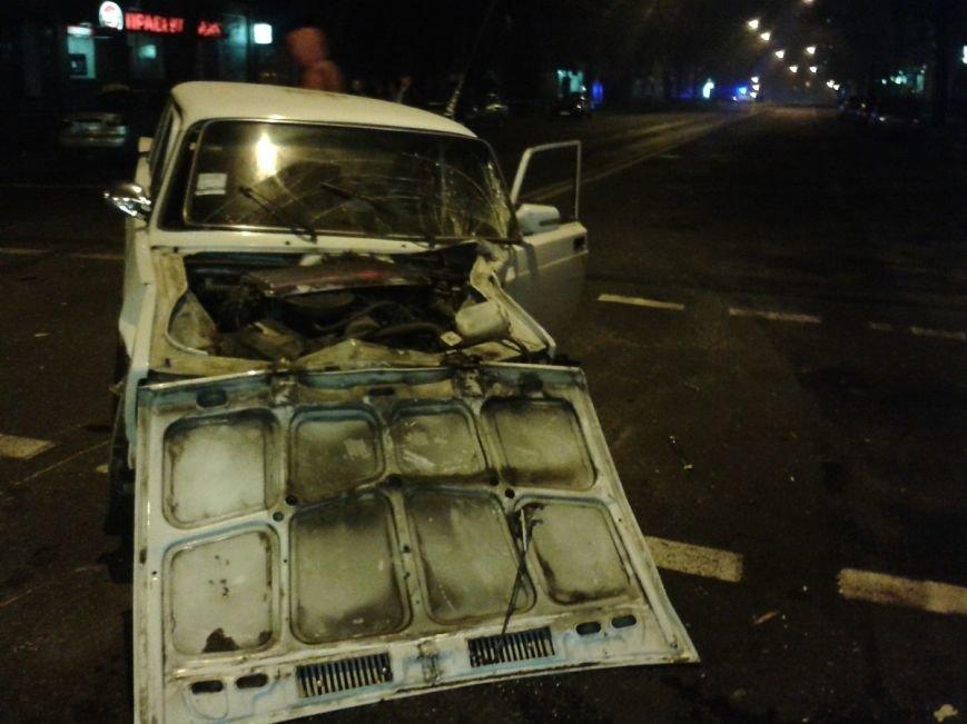 У центрі Тернополя зіткнулися два автомобілі таксі, є потерпілі (ФОТО), фото-4