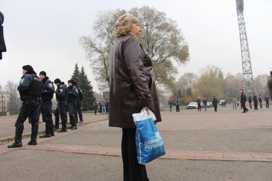 Коммунисты Кривого Рога рассказали молодым активистам, что в СССР всем давали квартиры, а сейчас одни наркоманы и фашисты  (ФОТОРЕПОРТАЖ), фото-15