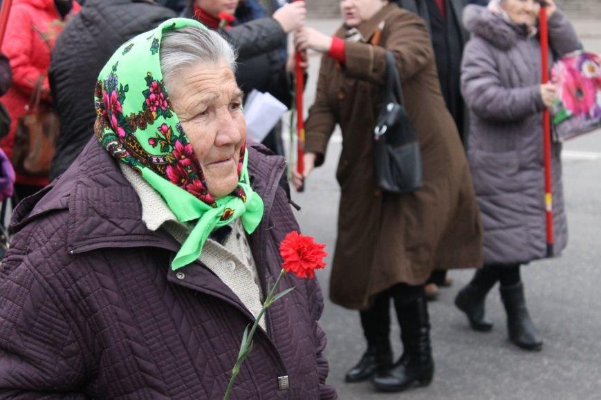 Коммунисты Кривого Рога рассказали молодым активистам, что в СССР всем давали квартиры, а сейчас одни наркоманы и фашисты  (ФОТОРЕПОРТАЖ), фото-5