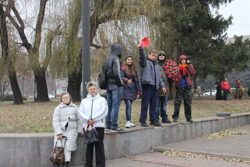 Коммунисты Кривого Рога рассказали молодым активистам, что в СССР всем давали квартиры, а сейчас одни наркоманы и фашисты  (ФОТОРЕПОРТАЖ), фото-14