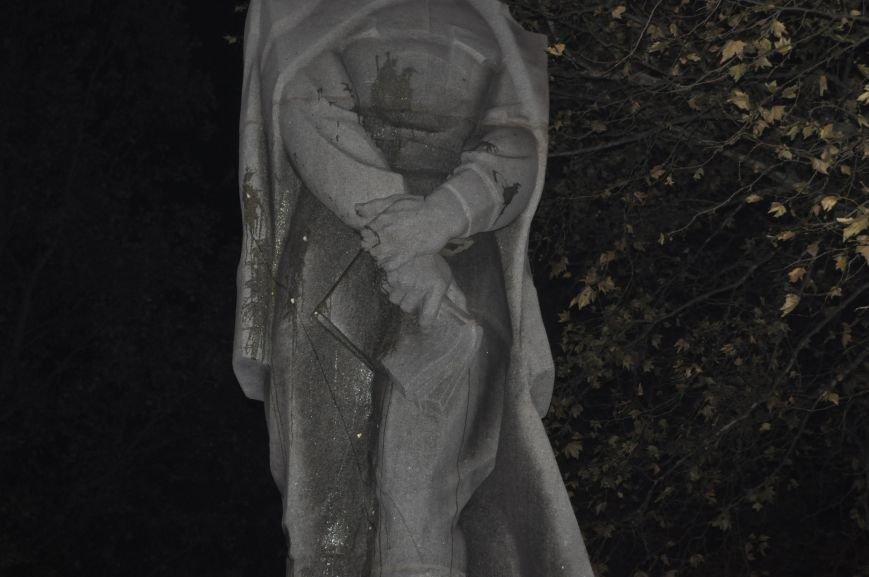 ФОТОРЕПОРТАЖ: Попытка повалить «Железного Феликса» в Запорожье «захлебнулась», фото-18
