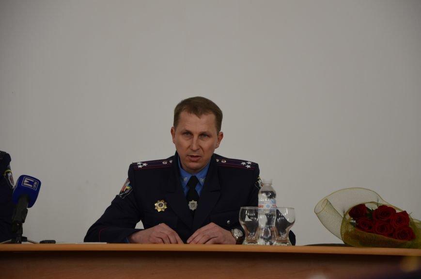 В Мариуполе главой МВД Донецкой области назначили милиционера из Севастополя (ФОТО), фото-1