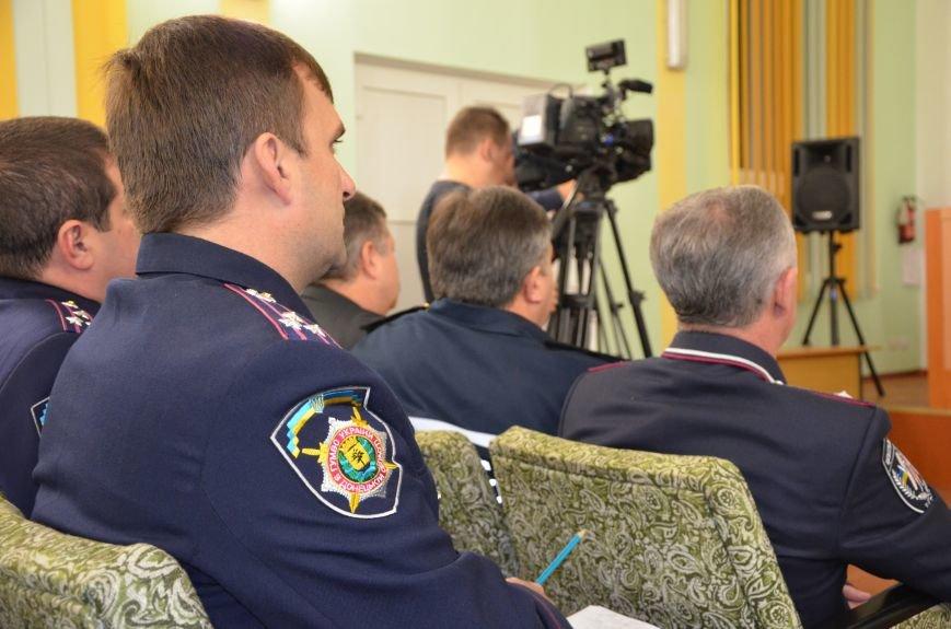 В Мариуполе главой МВД Донецкой области назначили милиционера из Севастополя (ФОТО), фото-7