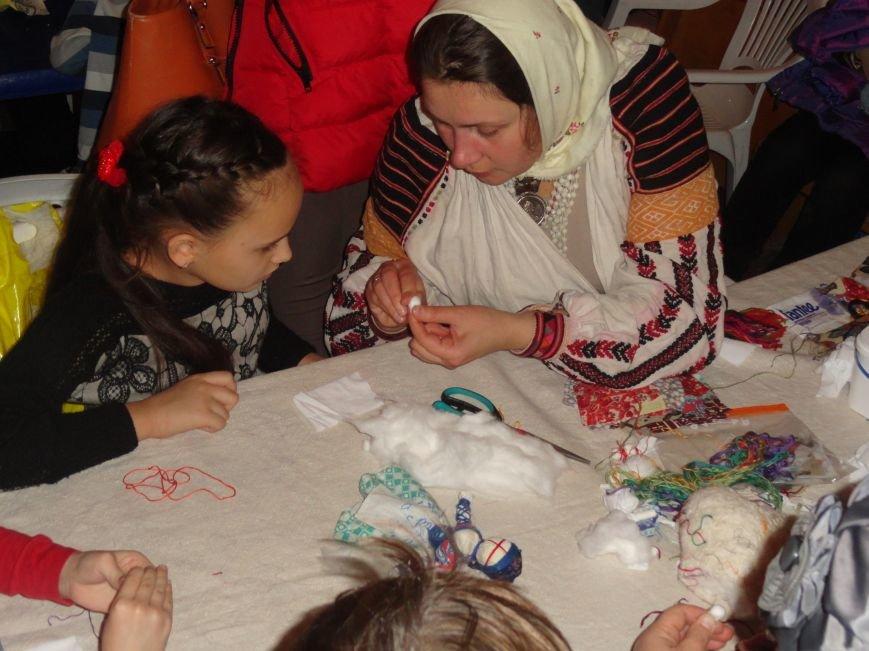 Мариупольцы осваивали  make-up, искусство изготовления свечей из вощины и многое другое (ФОТОРЕПОРТАЖ), фото-4