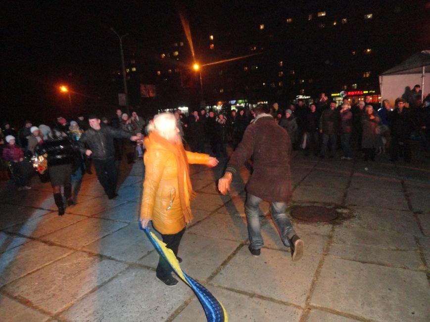 Мариупольцев учили танцевать гопак и угощали сбитнем (ФОТОРЕПОРТАЖ), фото-5
