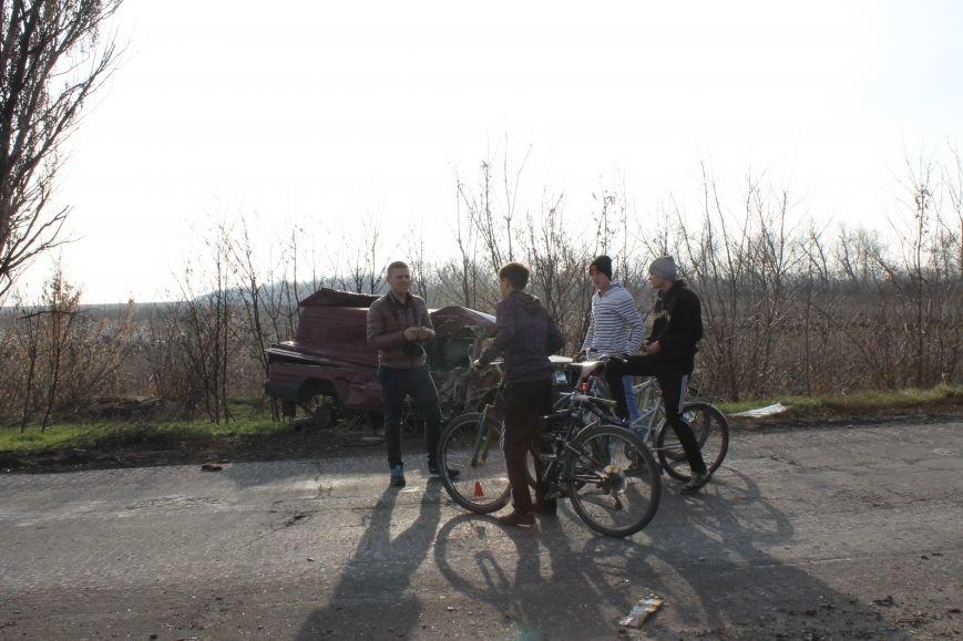 Из Красноармейска на передовую: журналисты 06239 с волонтерами из «ДПР» посетили блокпост в Песках, фото-51