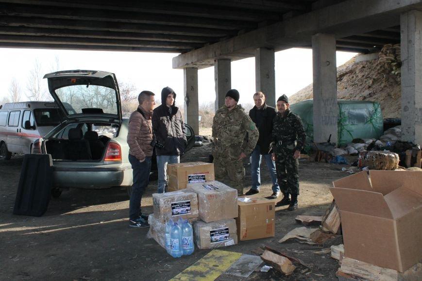 Из Красноармейска на передовую: журналисты 06239 с волонтерами из «ДПР» посетили блокпост в Песках, фото-27