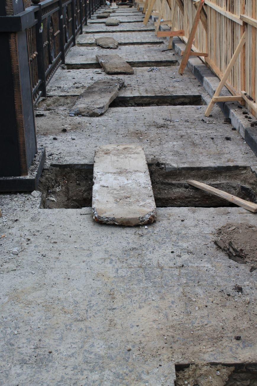 В Сумах  разрыли Троицкий мост: «Сумыоблэнерго» прокладывает электросиловой кабель (ФОТО), фото-3