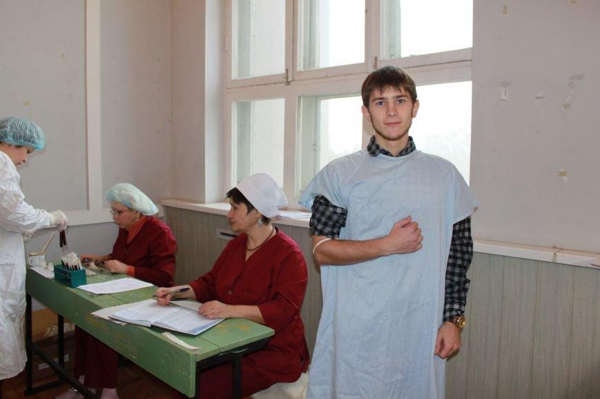 Запорожские студенты сдали кровь для раненных бойцов АТО (ФОТО), фото-6