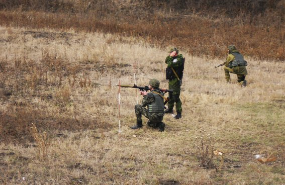 Бойцы батальона «Херсон» и специальной роты милиции провели учебно-тренировочные стрельбы, фото-3