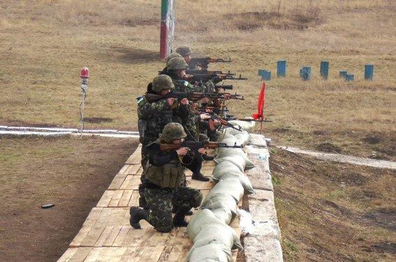 Бойцы батальона «Херсон» и специальной роты милиции провели учебно-тренировочные стрельбы, фото-1