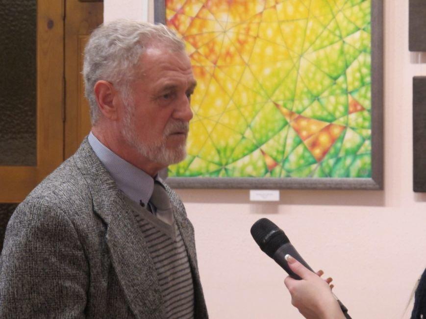 У Кіровограді художник передав в дарунок музею 10 своїх творів, фото-1