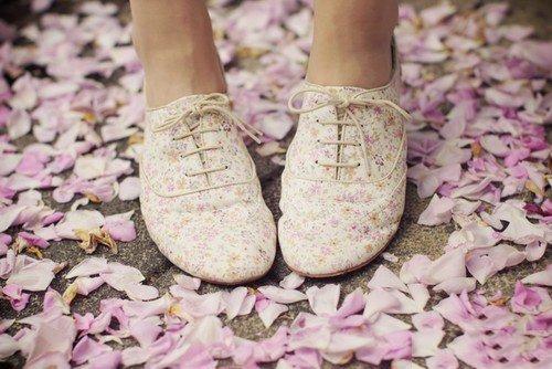 Полезные советы от магазина обуви ditto.ua – как получить идеальный запах от ног и обуви
