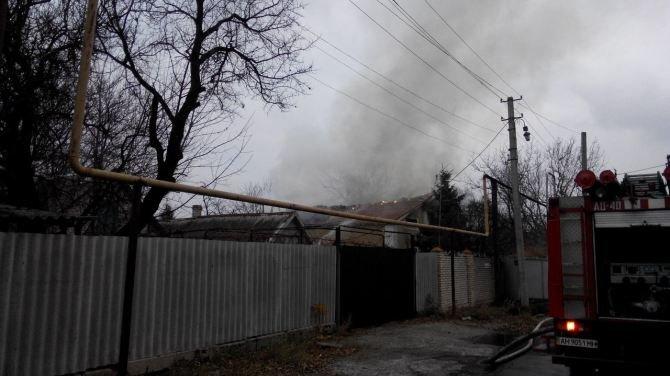 Последствия боевых действий: в Авдеевке снаряд попал в жилой дом (ФОТО, ВИДЕО), фото-4