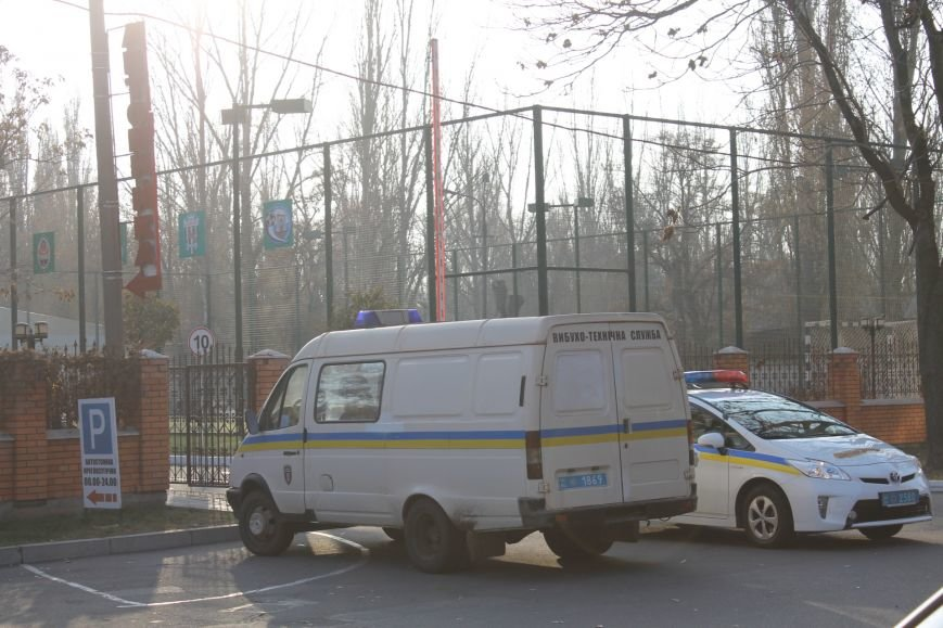 Милиция Кривого Рога  обезвредила бандита, угрожавшего гранатой (ФОТО), фото-5