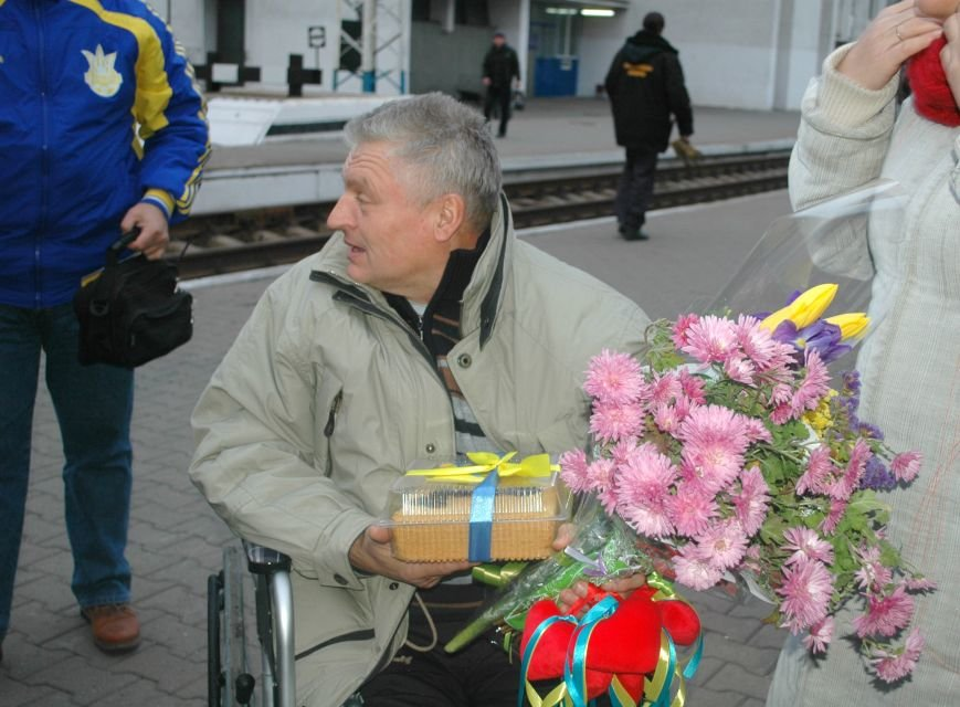 В Запорожье вернулся боец батальона «Донбасс», раненный под Иловайском (ФОТОРЕПОРТАЖ), фото-9