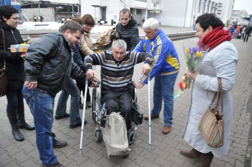 В Запорожье вернулся боец батальона «Донбасс», раненный под Иловайском (ФОТОРЕПОРТАЖ), фото-3