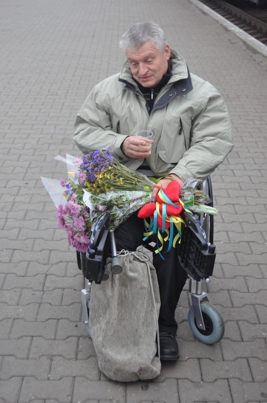 В Запорожье вернулся боец батальона «Донбасс», раненный под Иловайском (ФОТОРЕПОРТАЖ), фото-10