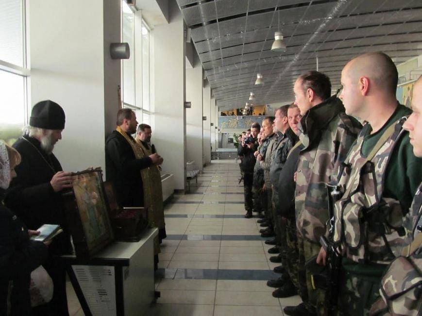 В Мариуполь из Луганска прибыли мощи 12-ти святых воинов (ФОТО), фото-7