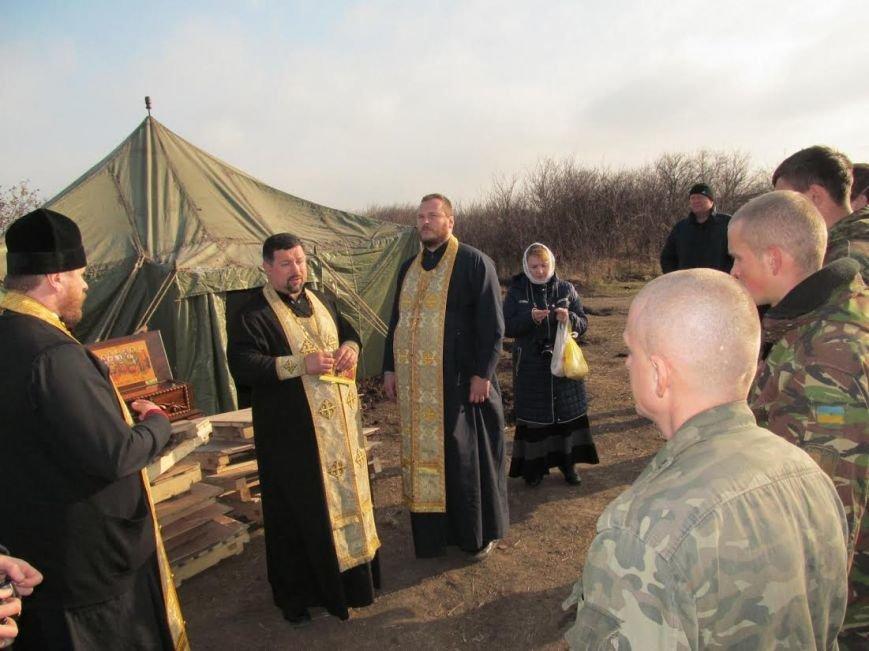 В Мариуполь из Луганска прибыли мощи 12-ти святых воинов (ФОТО), фото-5